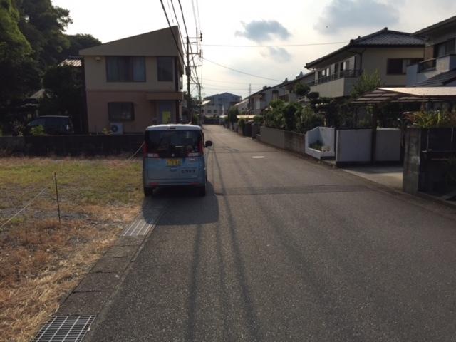 【前面道路含む現地写真】画像