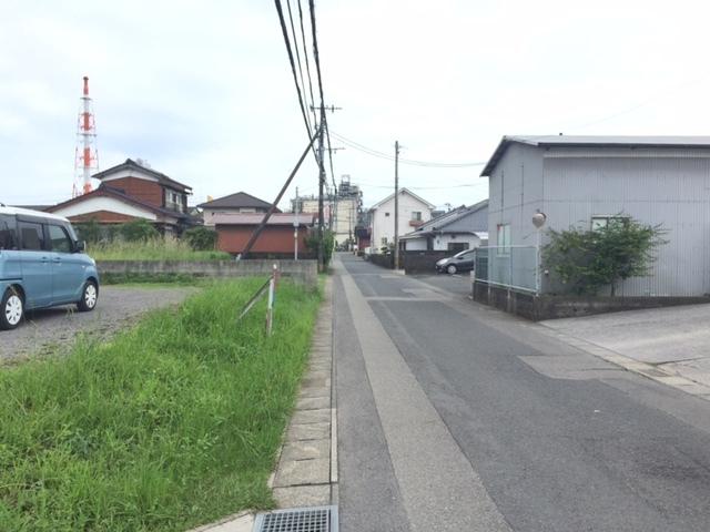 【前面道路含む現地写真】<br /> 南側前面道路画像
